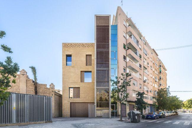 Edifici (foto F. Gómez)