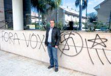 Pintada en el restaurante La Ferradura contra acto de Vox en Valencia