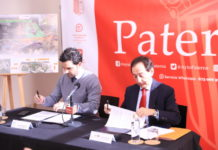Firma protocolo Ayto-Intu Mediterrani empleo paterneros