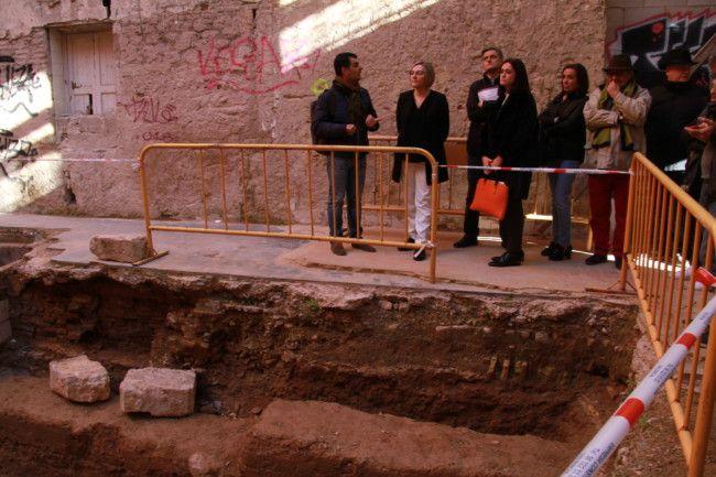 Valencia PLaza Arbol necropolis musulmana