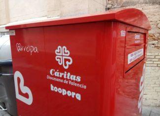 caritas contenedor de ropa