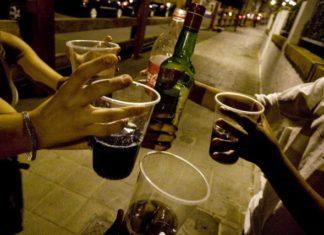 consumo alcohol jovenes calle