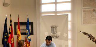 El Alcalde J.A.Sagredo y la concejala Eva Pérez