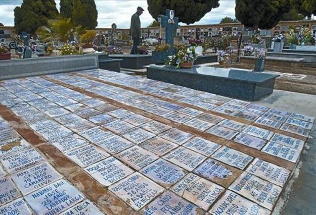 fosa cementerio Paterna