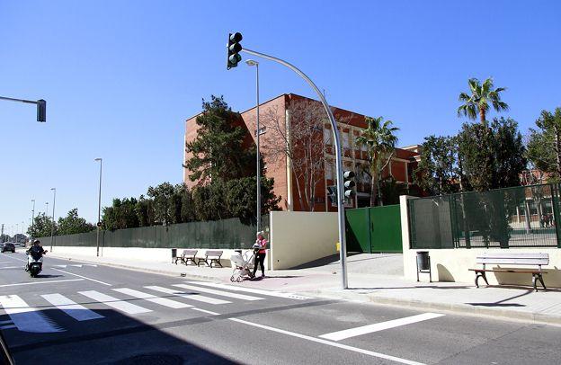 Puçol semáforo colegio
