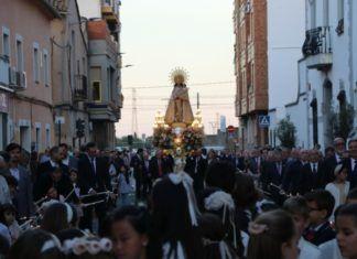 Torrent vive con fervor los actos en honor a la Virgen de los Desamparados