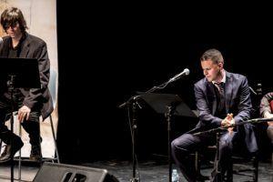 El cantaor Juan Pinilla y el poeta y profesor Fernando Valverde en una de sus actuaciones.