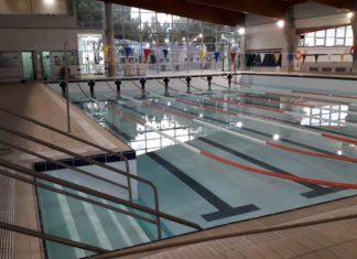 Paterna piscina cubierta