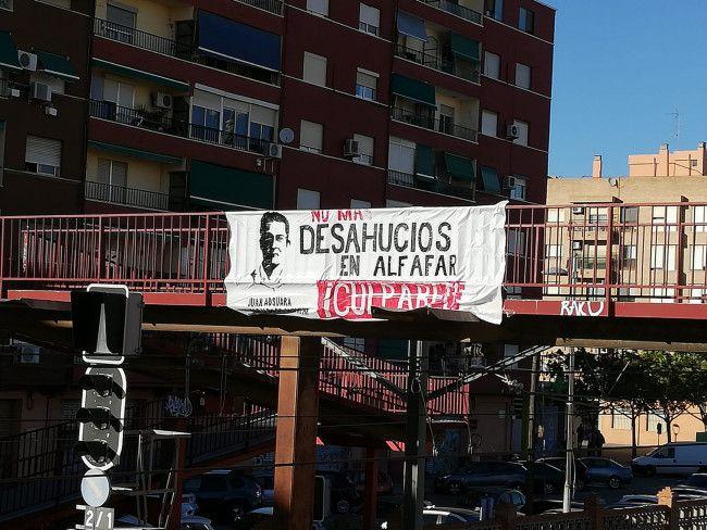 Alfafar pintadas contra el alcalde por los desahucios (1)