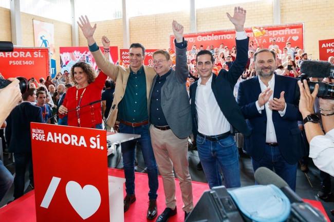 Caballero, Sanchez, Puig, Bielsa y Abalos mitin PSPV Mislata