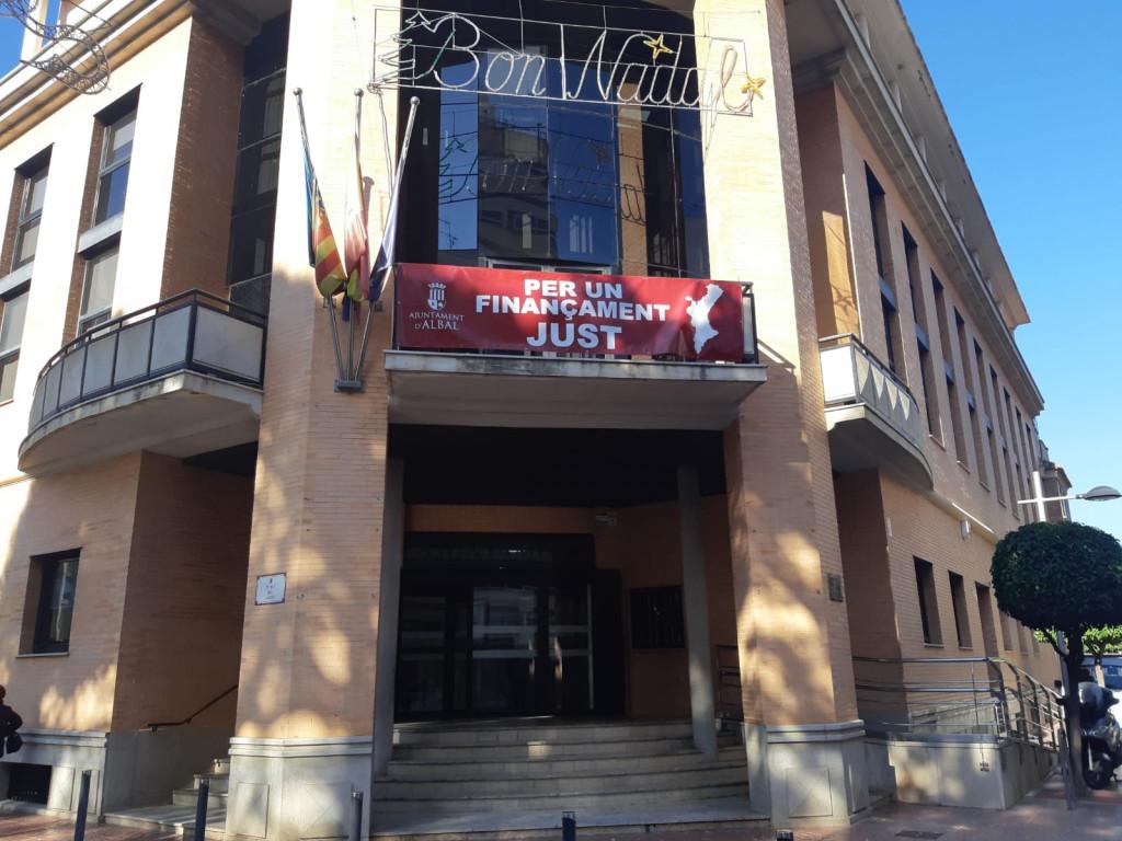 Albal ayuntamiento pancarta financiación justa
