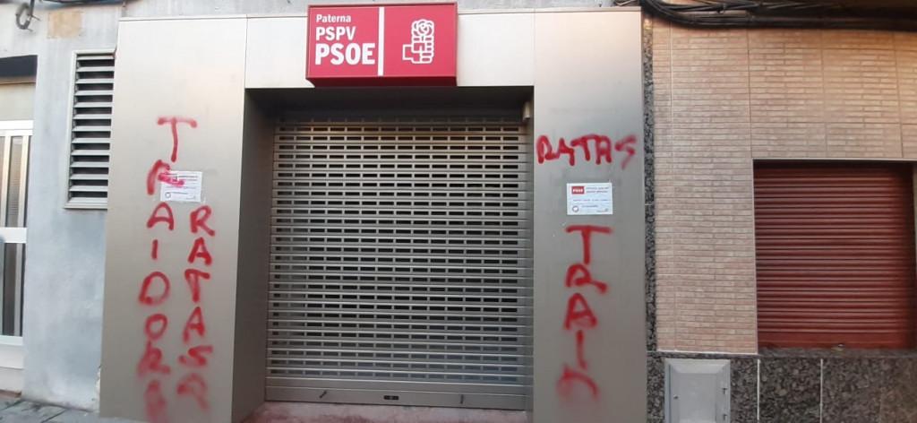Pintadas sede PSOE Paterna