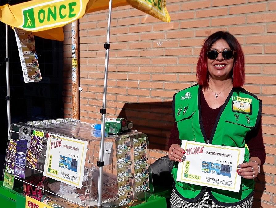 vendedora begoña roman - paiporta-