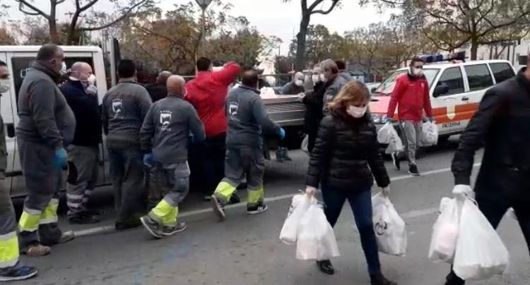 Reparto lotes productos primera necesidad Paterna