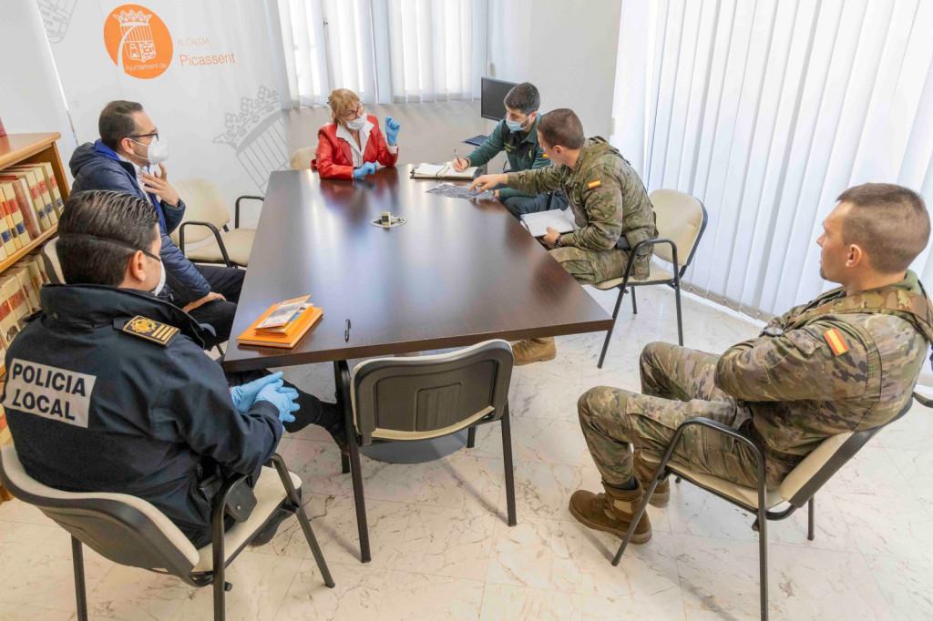 El Regiment de Transmissions 21 visita Picassent
