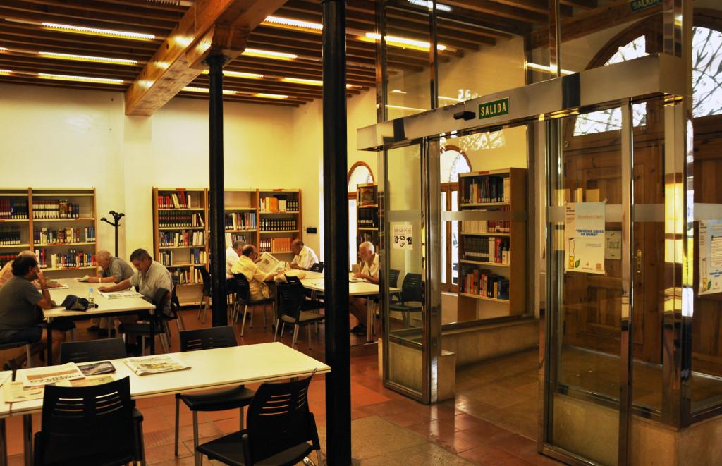 Biblioteca municipal casa de la Reina, Cabanyal