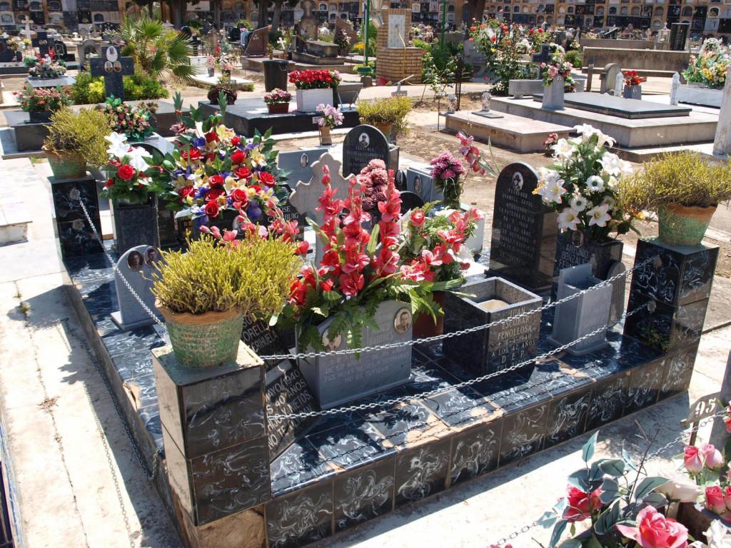 exhumación fosa cementerio Paterna