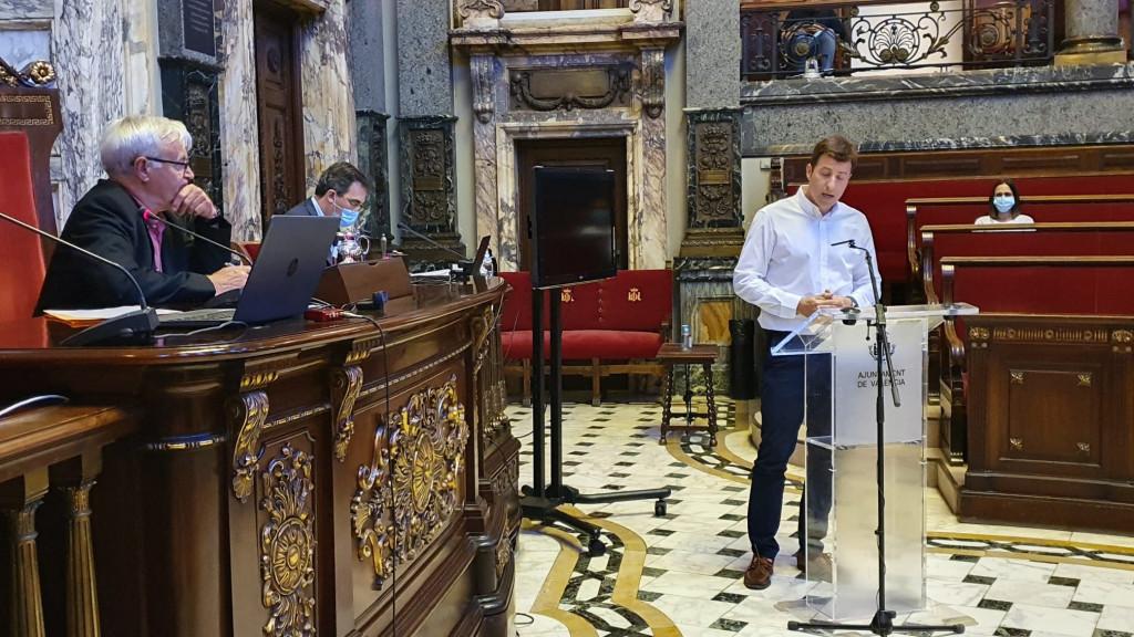 Carlos Miñana en la Comisión no permanente de Reconstrucción de València