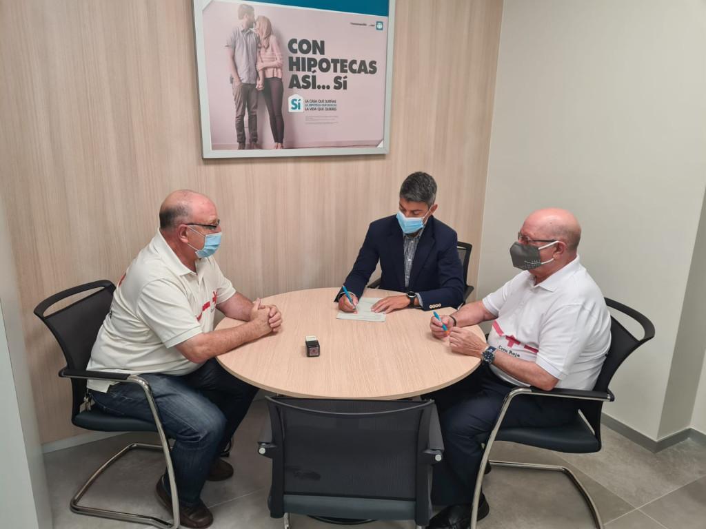 Firma colaboración con Cruz Roja Horta Sud