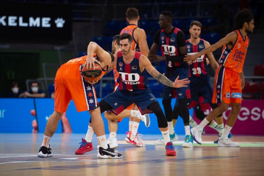 Valencia Basket inicia la Liga Endesa con una derrota en Vitoria (76-73)