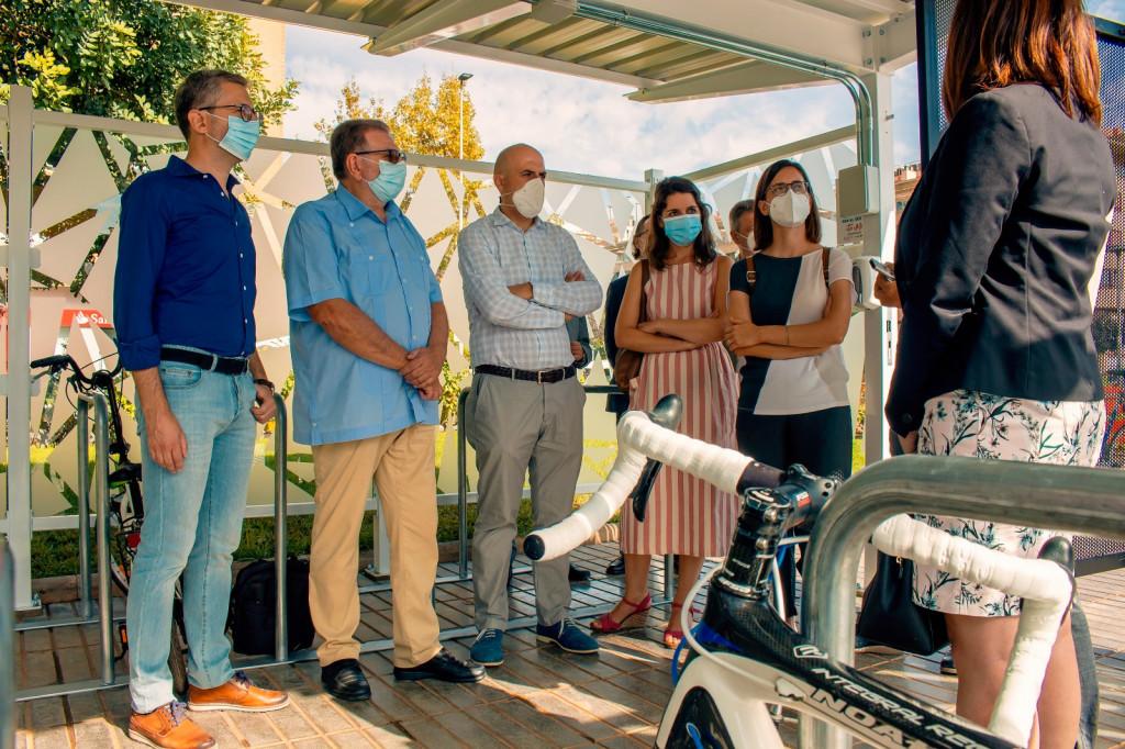 estación de Torrent Avingudal primer cicloparc de la red de Metrovalencia