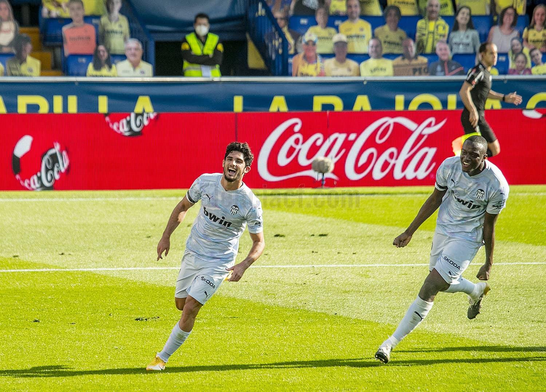 Derrota del Valencia CF ante el Villarreal CF (2-1)