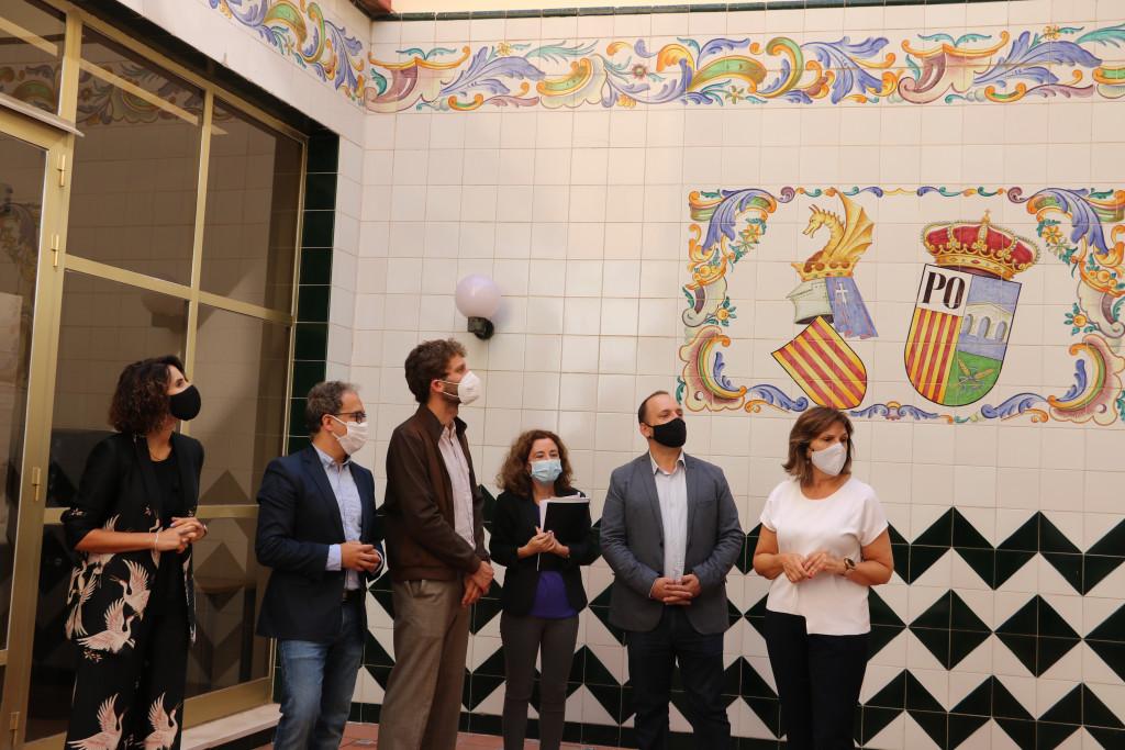 Quart de Poblet muestra al conseller de Vivienda, Rubén Martínez Dalmau, la obra de rehabilitación de la Casa de Cultura