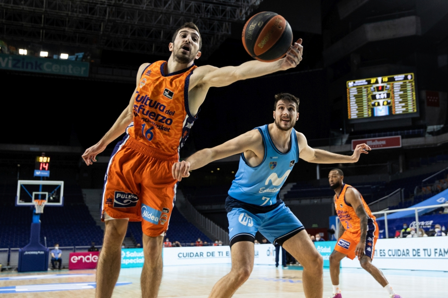 Reacción de Valencia Basket para sumar la tercera seguida en Liga Endesa en la pista de Movistar Estudiantes (81-86)