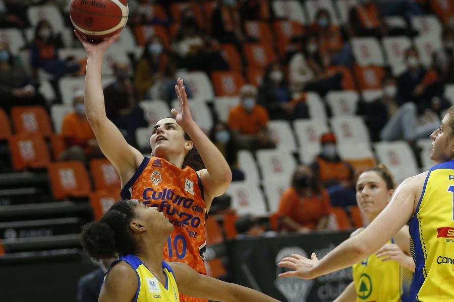 Valencia Basket se regala otro triunfo en la vuelta de los aficionados (81-48)