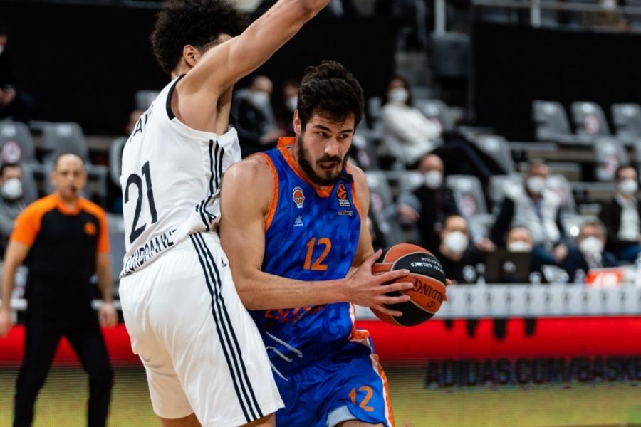 Valencia Basket se choca de nuevo con el Astroballe (90-77)