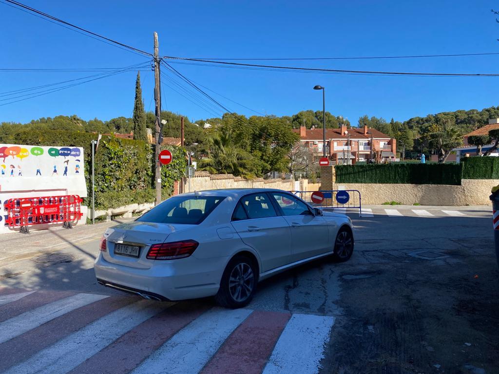 La circulación de la calle Joaquín Costa cambia y será de un único sentido en dirección al Toll de l'Alberca