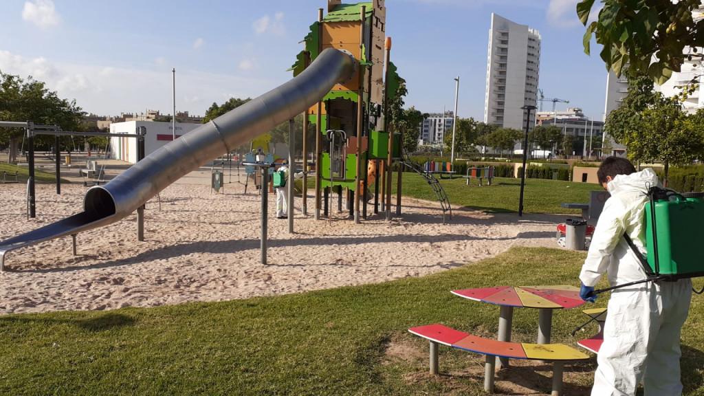 torrent limpieza parques infantiles