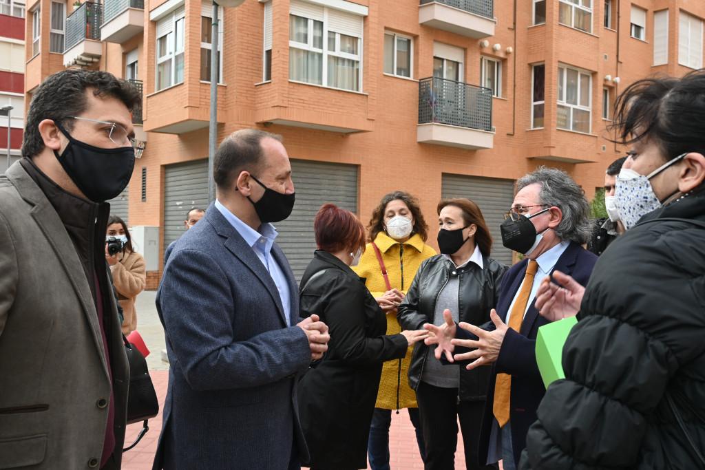 Generalitat y los ayuntamientos de Alfafar y Torrent exigen a la Sareb renovar los contratos de alquiler de 245 viviendas