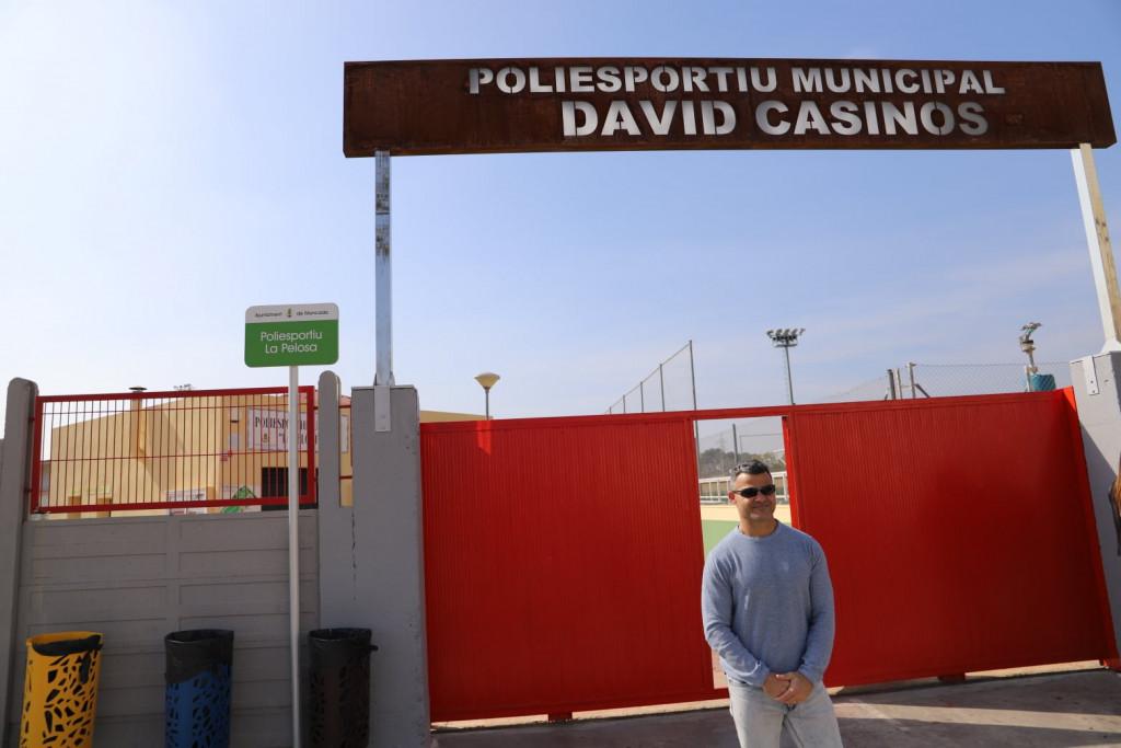 David Casinos 'inaugura' el polideportivo de Moncada que lleva su nombre