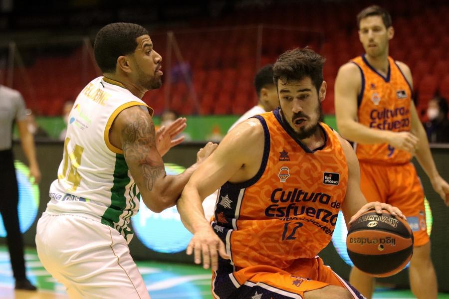 Valencia Basket contra Coosur Real Betis, prueba de resistencia
