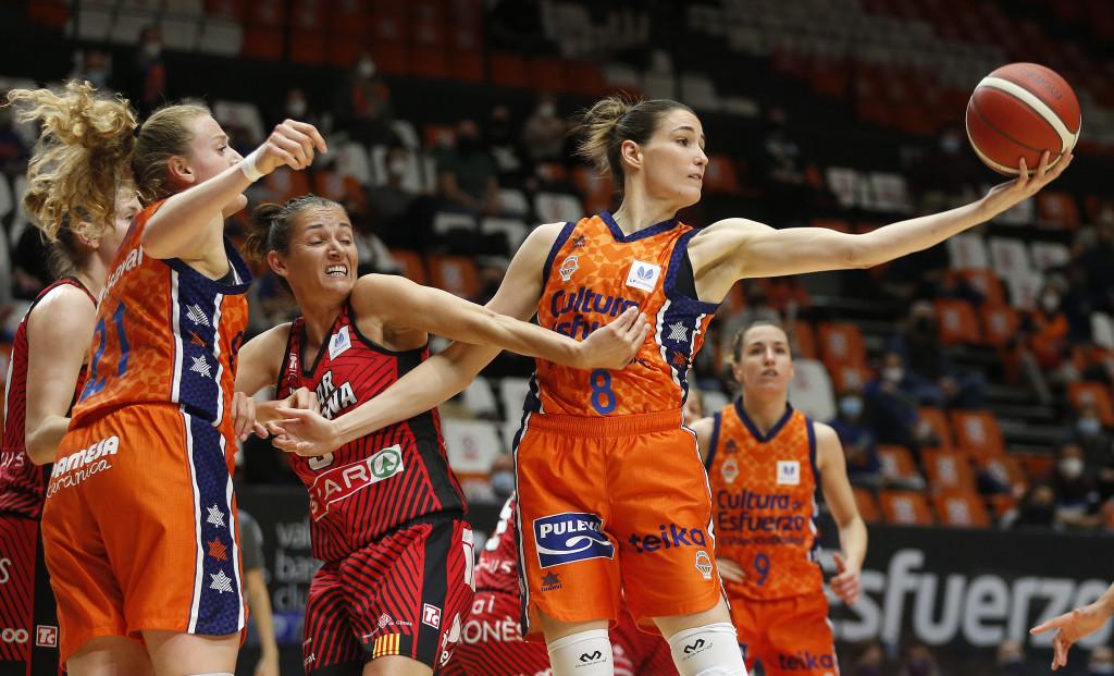 Valencia Basket sale victorioso de una batalla épica ante Spar Girona (58-55)