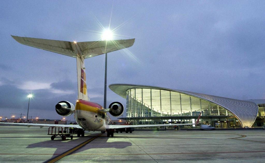 Malas condiciones laborales de los vigilantes de seguridad del aeropuerto de Manises