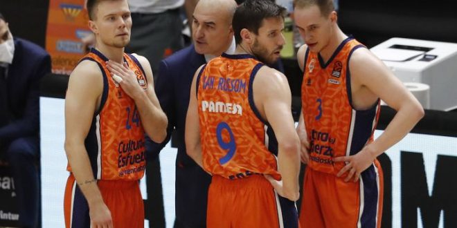 Jaume Ponsarnau y Valencia Basket