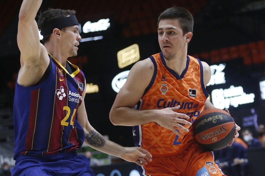 Cara derrota de Valencia Basket ante el Barça (64-80)