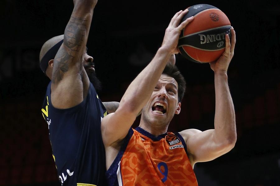 Victoria de Valencia Basket para seguir creyendo en la Turkish Airlines EuroLeague (66-52)