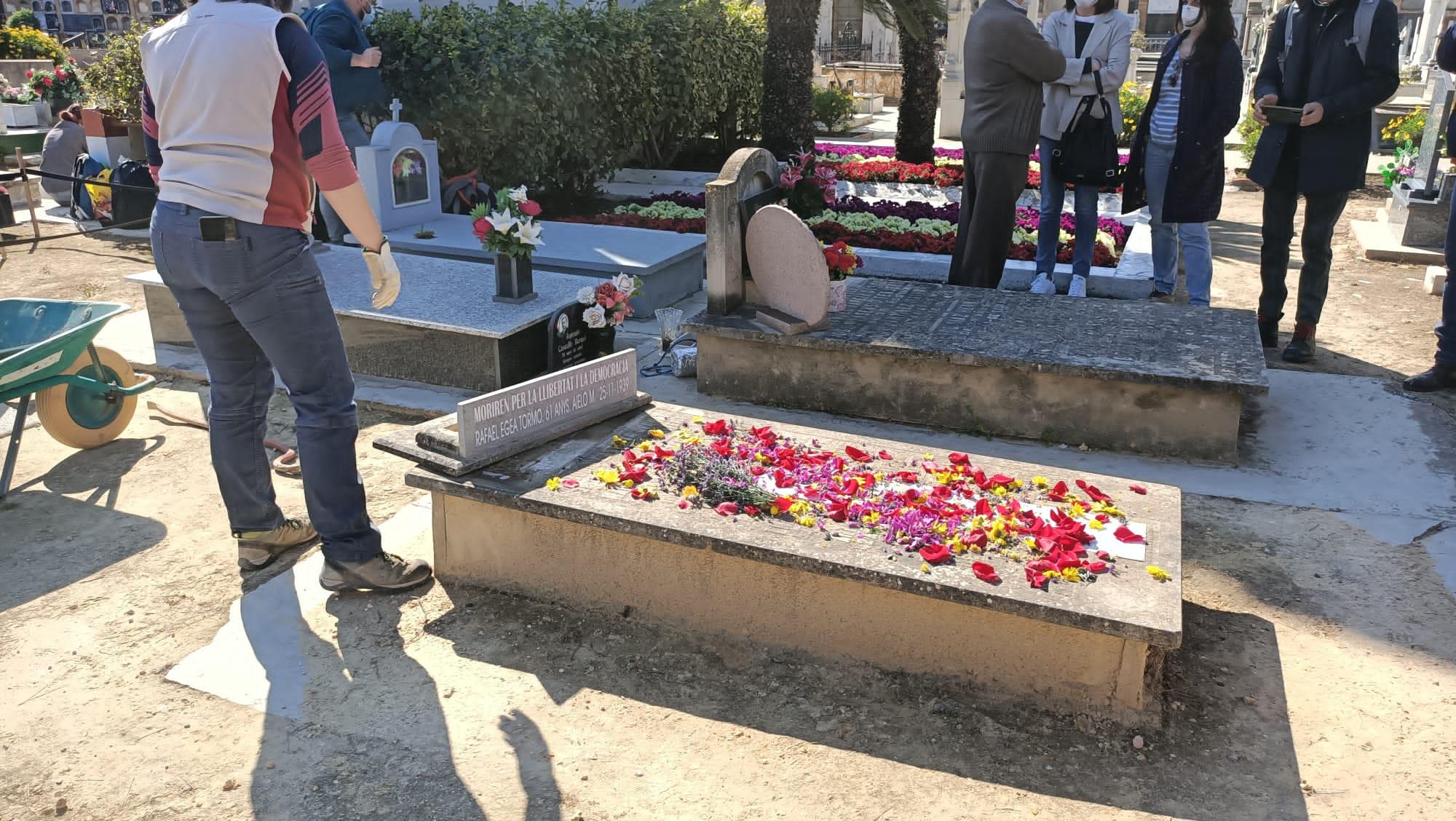 Diputació busca a los familiares de 21 víctimas del franquismo cuyos restos han sido hallados en la fosa 63 de Paterna