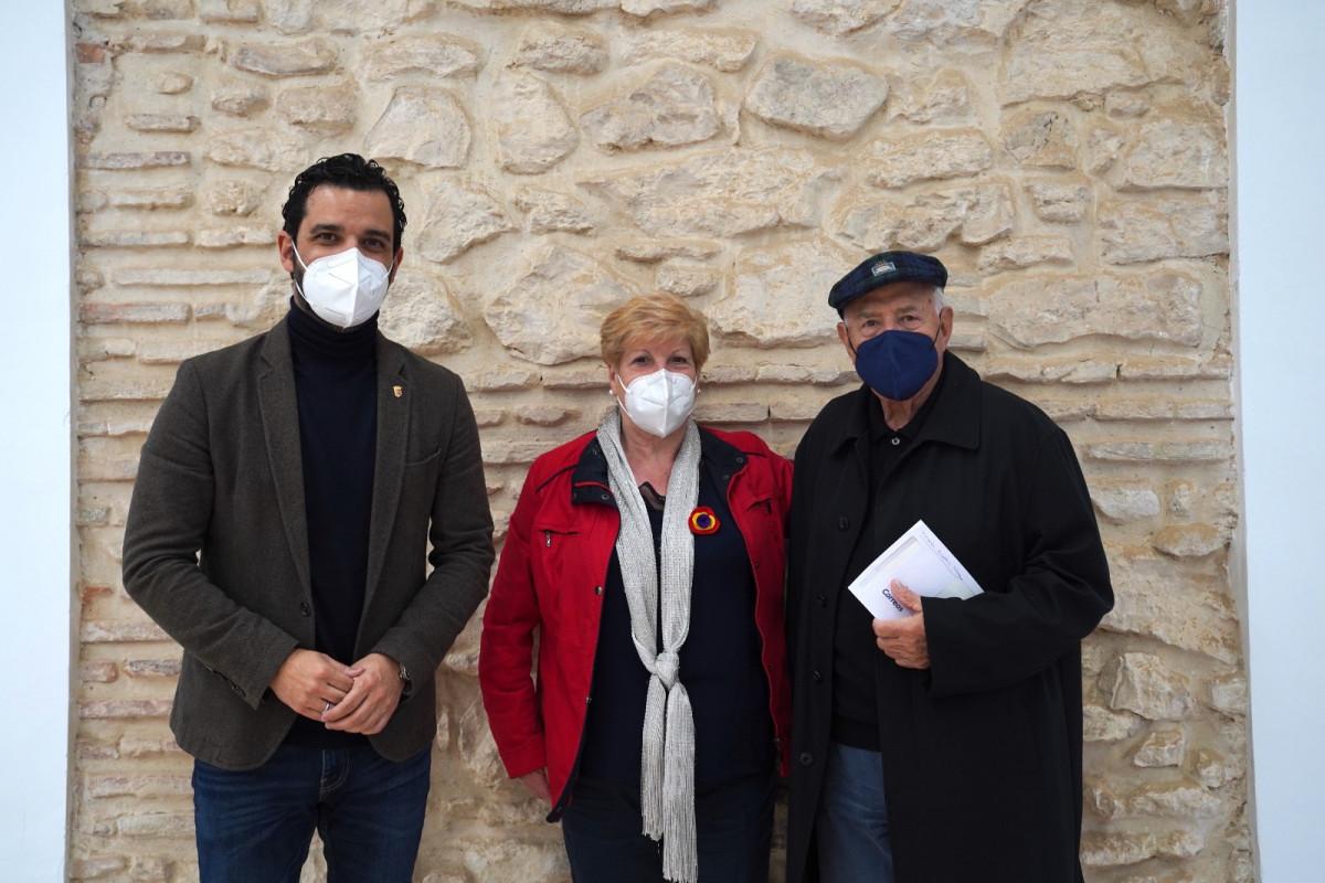 El Alcalde Sagredo junto con Maruja Badia y Nassio Bayarri