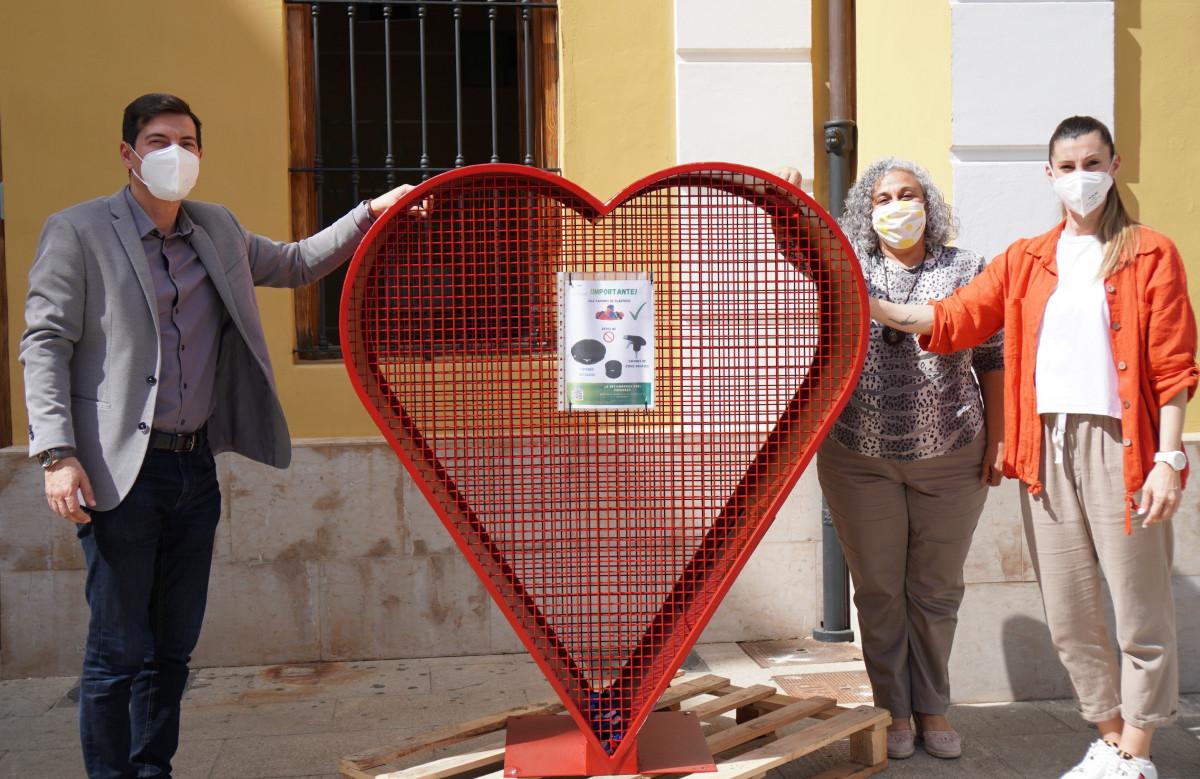 campaña recogida tapones de plástico en Burjassot