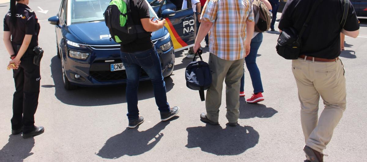 Policia Nacional devuelve sobre 2130 euros