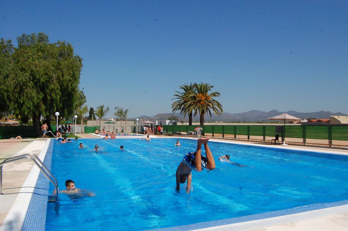 piscina verano Rafelbunyol