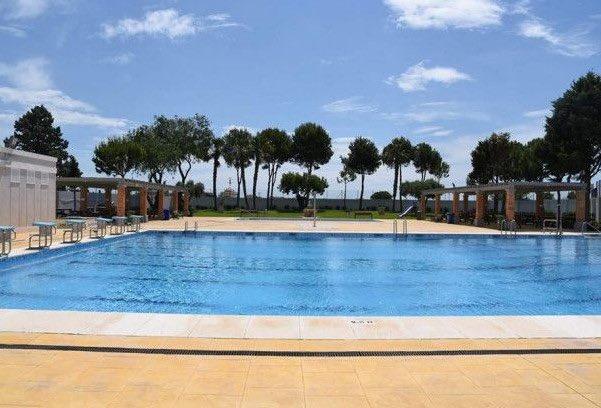<h2>piscina municipal de Museros</h2>