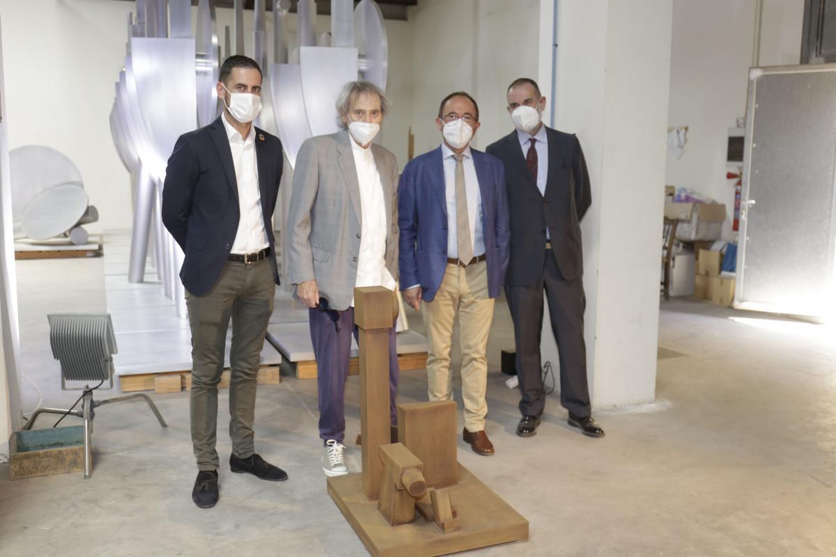 <h2>Visita al taller del artista de Mislata MIquel Navarro</h2>
