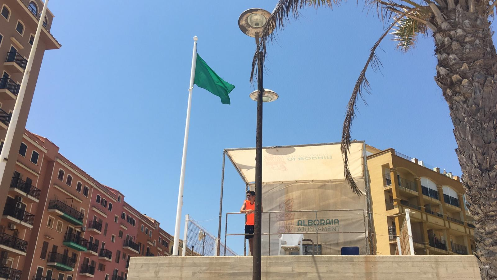 bandera verde Port Saplaya