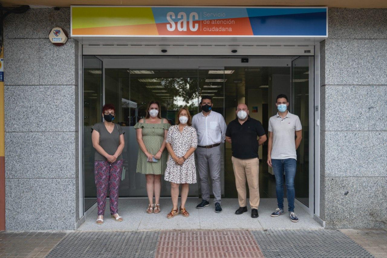 Miembros de la corporación en las nuevas instalaciones del Servicio de Atención Ciudadana