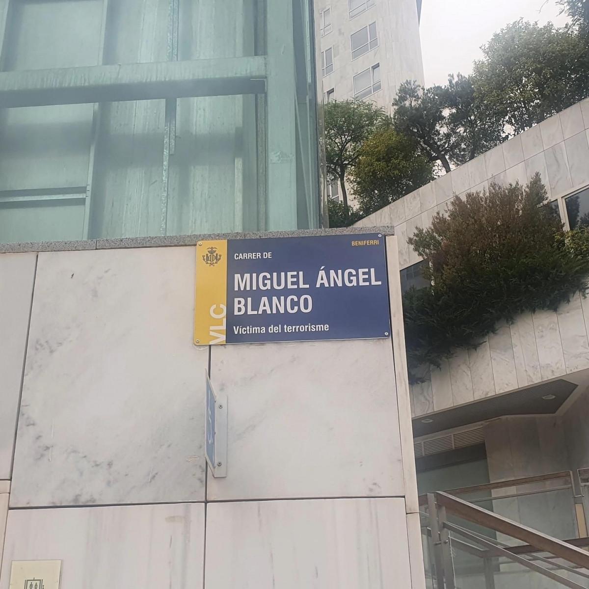 Placa de la calle Miguel Ángel Blanco